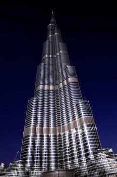 ブルジュ ハリファ ~倒壊の恐れは無いの?ドバイに建った世界一の高さのビル~